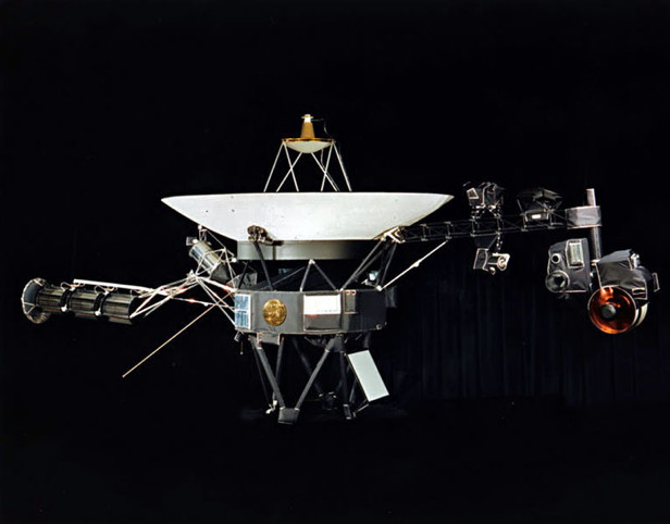 Voyager 1, interstellar space
