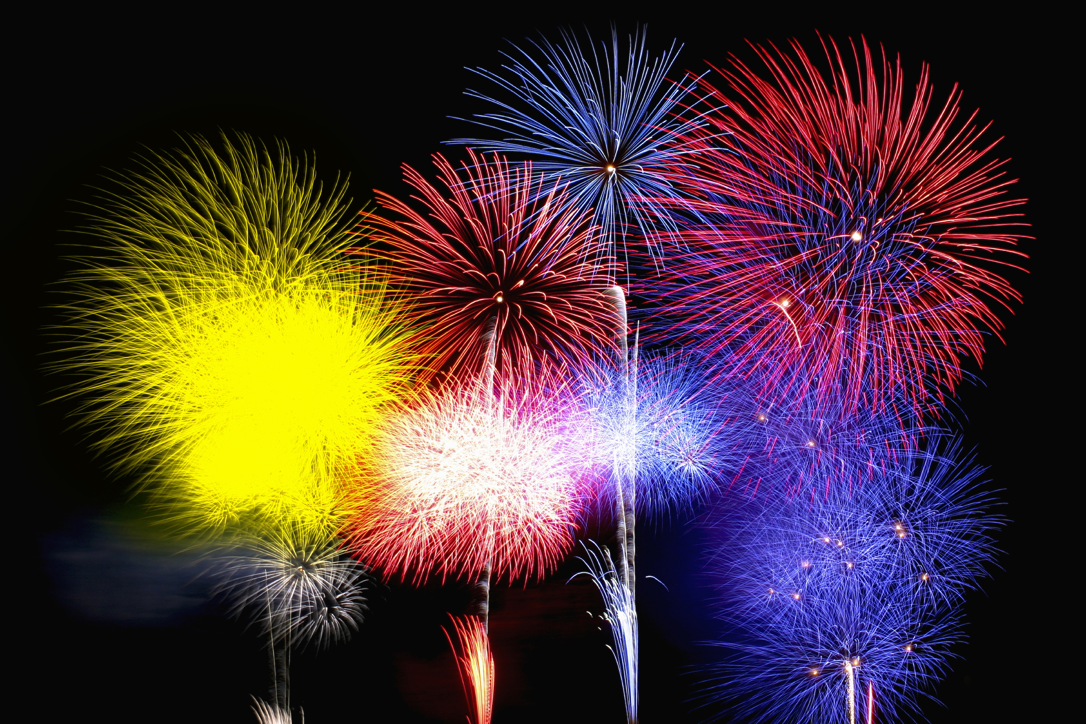 chemistry essay on fireworks On new year's eve fireworks manufacturers the world over will finally be able to relax after their biggest sale of the  a history of fireworks from east to west.